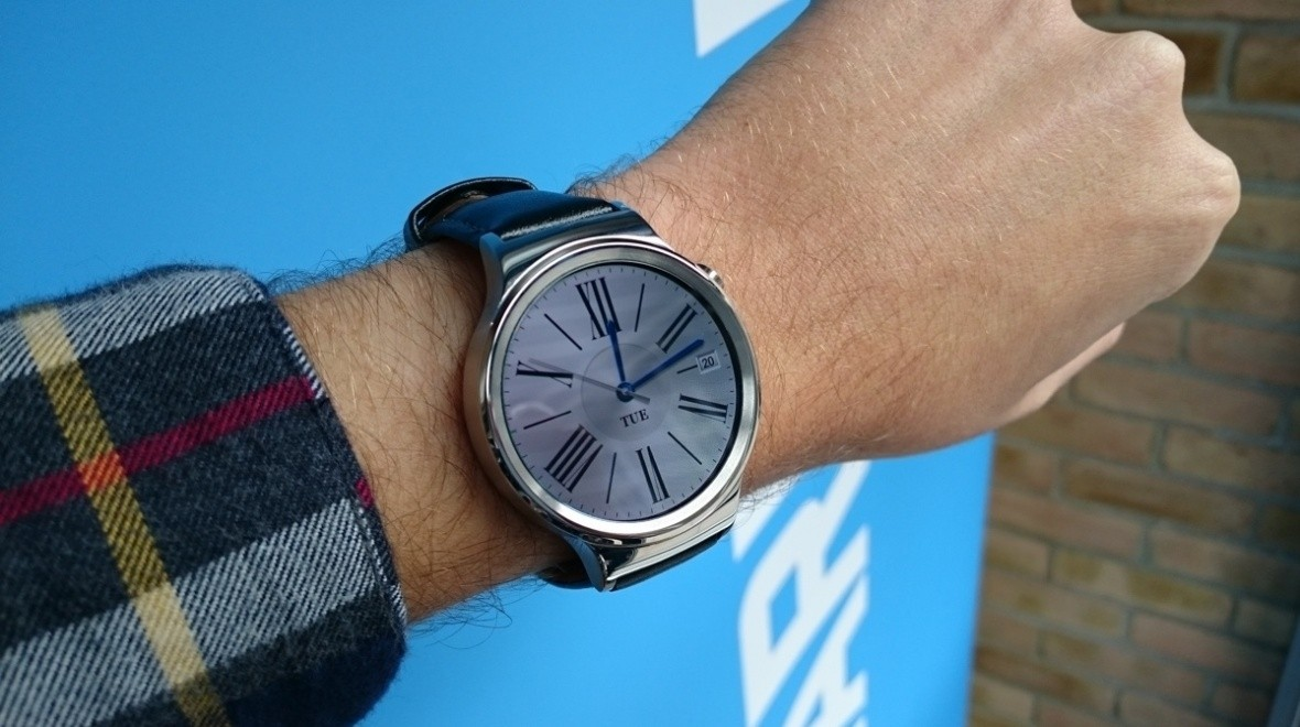 Huawei Watch getting Android Wear 2.0