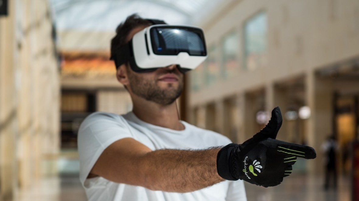 This glove could change how you control VR