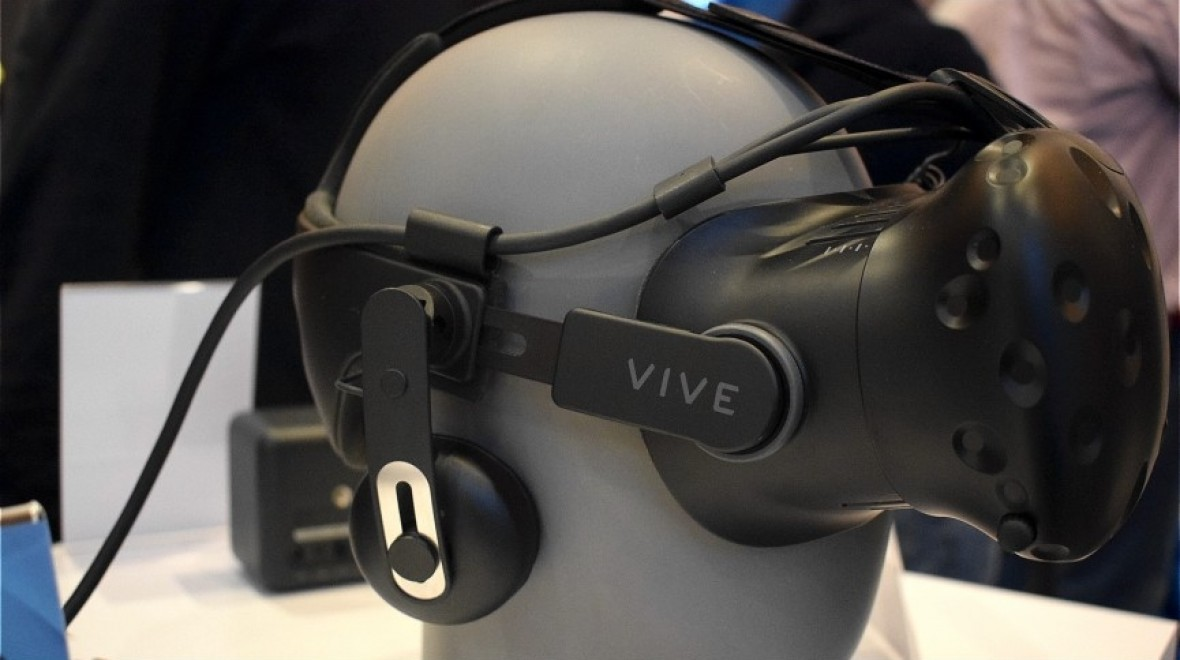 HTC Vive gets more comfortable next month