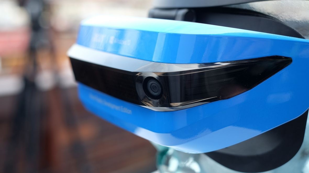 Windows Mixed Reality headsets now available
