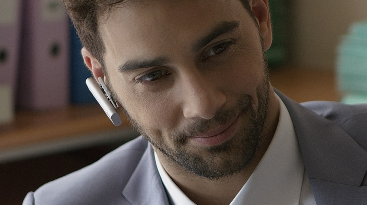clip&talk measures wellness from the ear