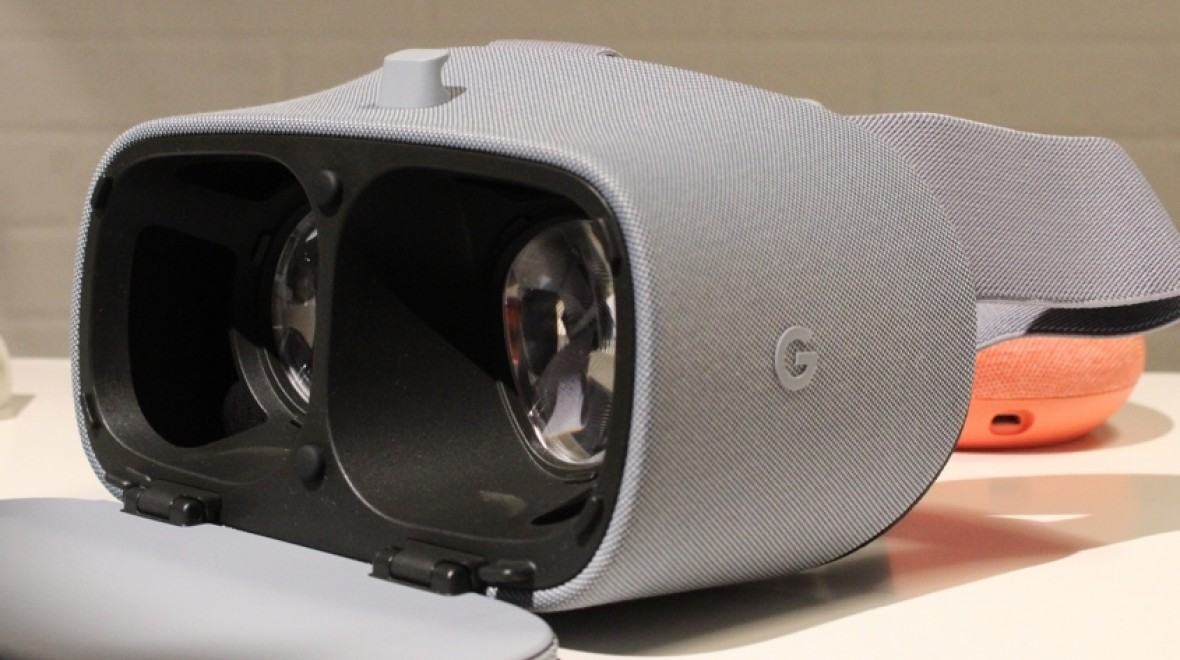 New Google Daydream View lands
