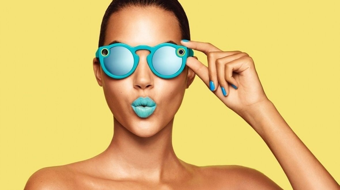 Snap opens London store