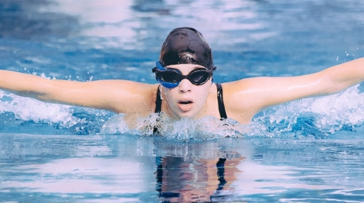The case for smart swimming goggles