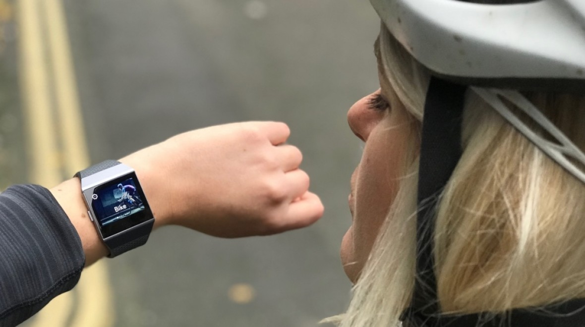 Cycling with the Fitbit Ionic explained