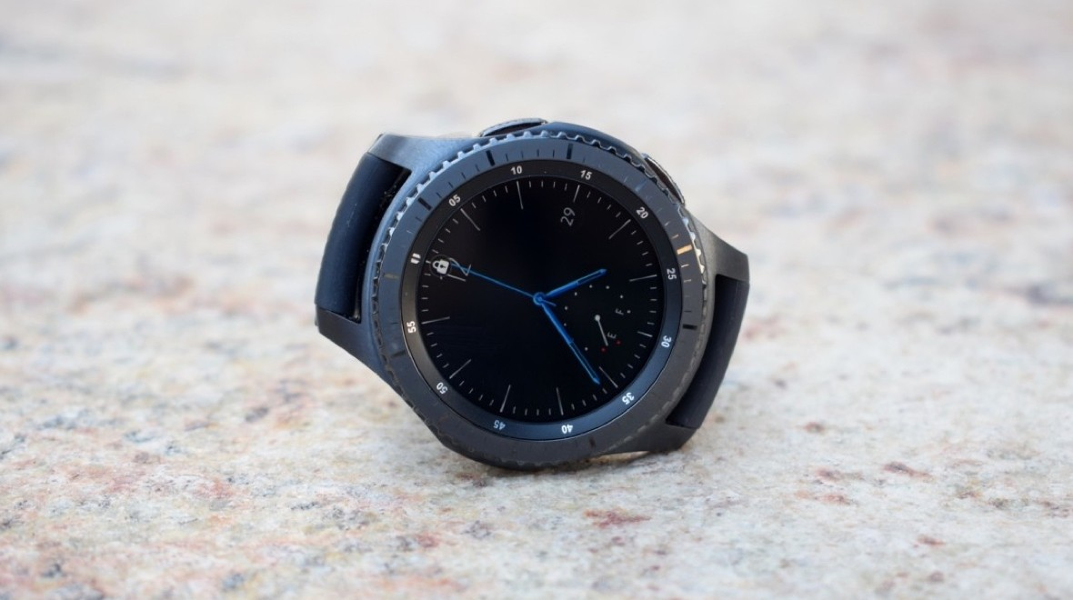 SmartThings control coming to Gear watches