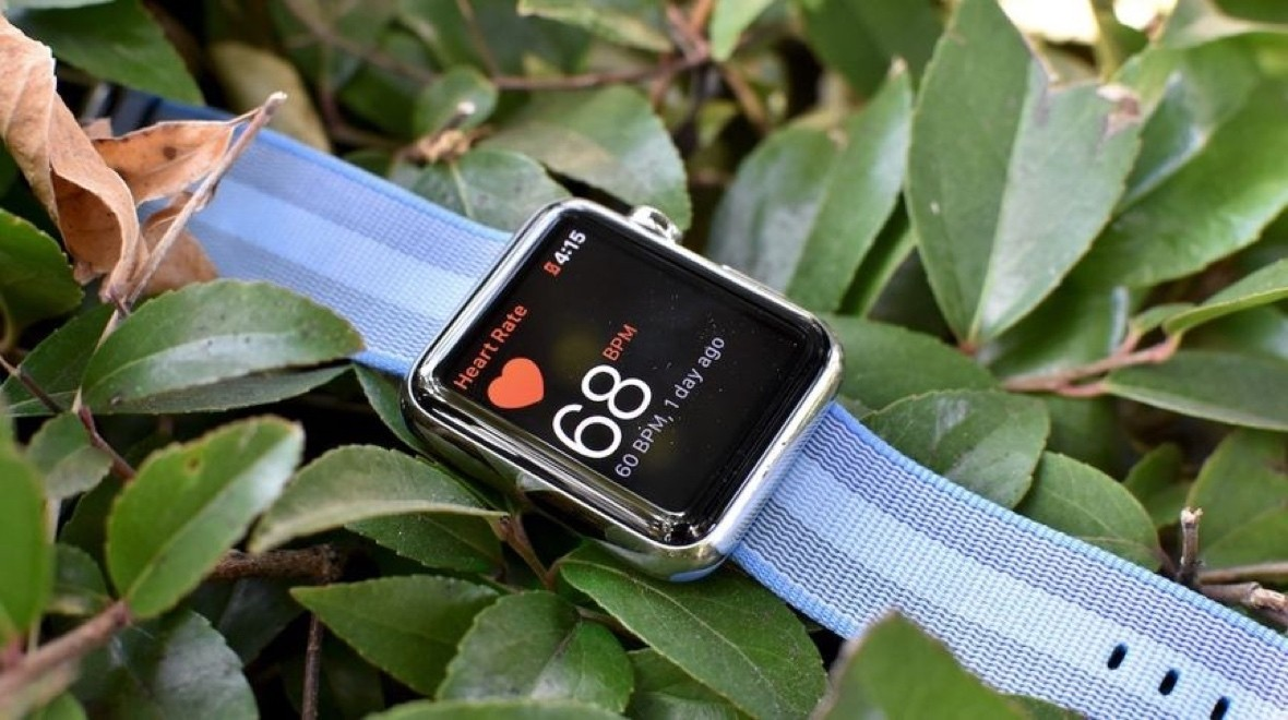 Apple faces lawsuit over heart rate monitor