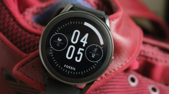 Fossil Q Control review