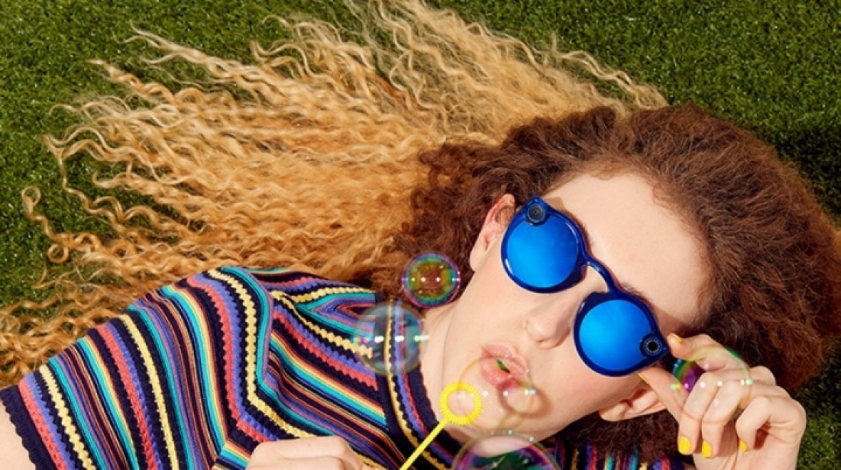 Snap's new Spectacles can take pics