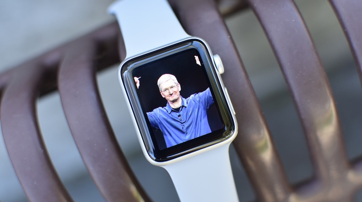 New Apple Watch to get larger screen