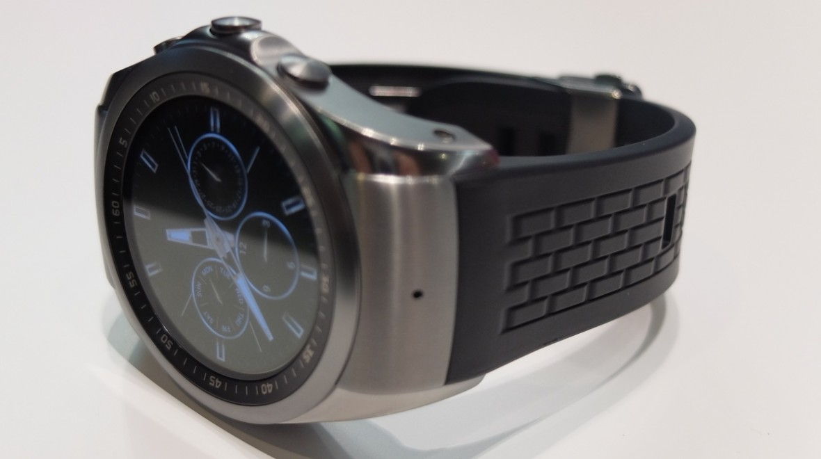 LG Watch Urbane LTE first look