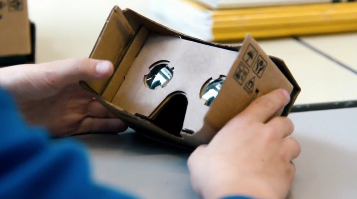 Google Cardboard updated with Expeditions