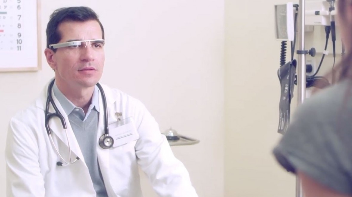 NHS to introduce wearables for patients