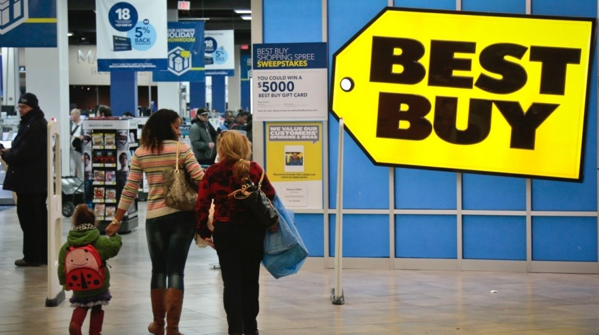 Apple Watch a smash hit at Best Buy