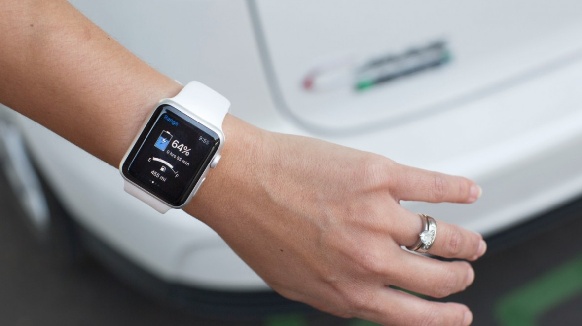 Ford's smart car app comes to smartwatches