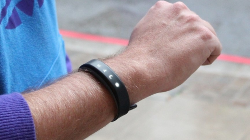 how to lose weight with wearable tech garmin vivosmart