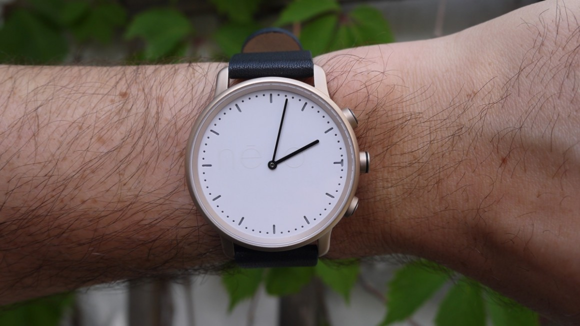 Nevo watch review