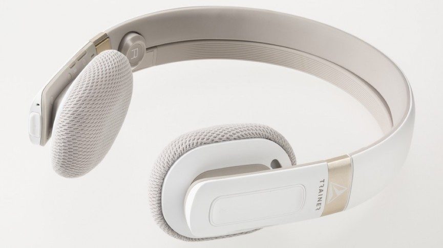 15 best workout headphones in 2017 wireless vs wired autos post. Black Bedroom Furniture Sets. Home Design Ideas
