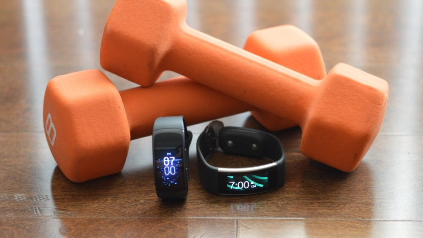 Samsung Gear Fit2 versus Microsoft Band