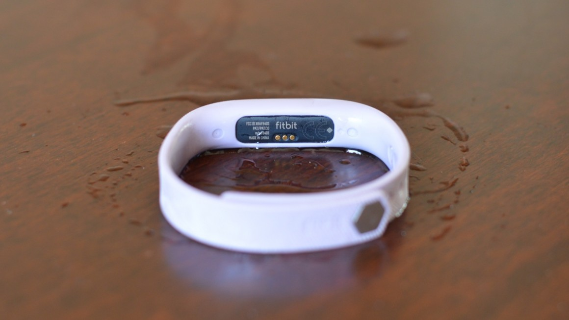 Fitbit Flex 2 review - Vallentin ro