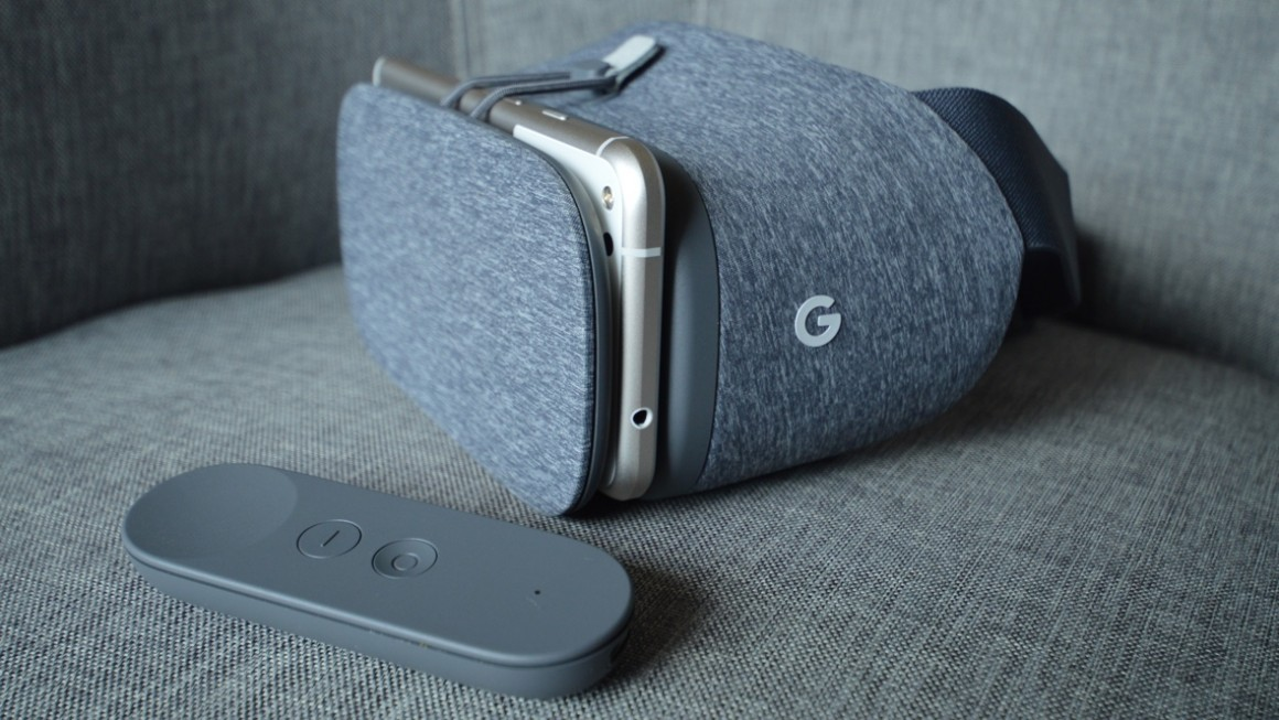 Vr Headset Comparison >> Google Daydream View review