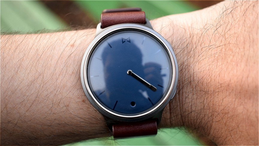 Hands on with Misfit Phase: A beautiful smartwatch in disguise