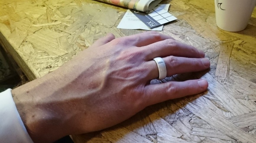 Why are smart rings so difficult to build?