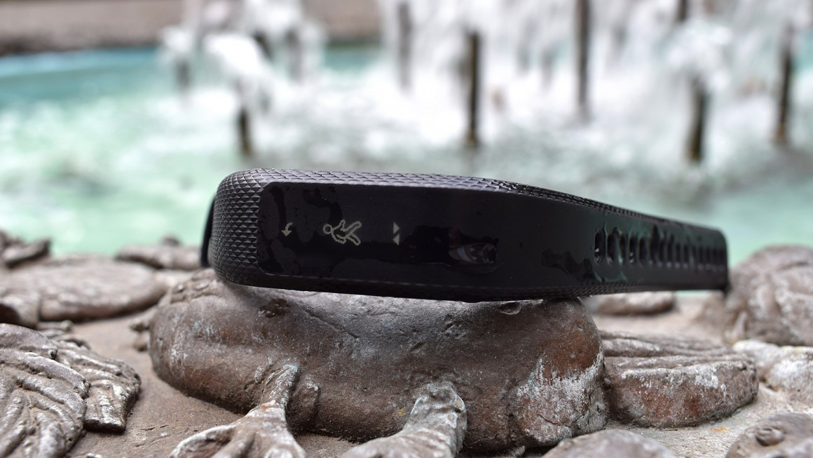 Garmin Vivosmart 3: A tracker that's concerned for your wellbeing