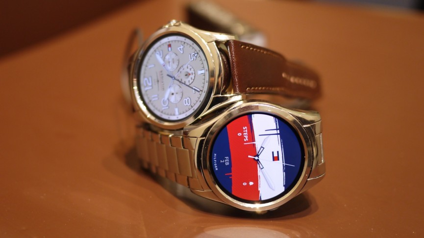 As tech giants step back from smartwatches, the fashion world steps up