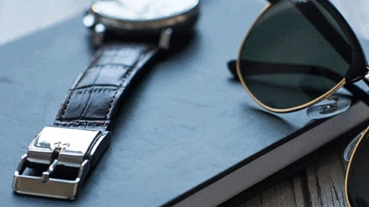 Smart Buckle wants to help you turn your regular timepiece into a smartwatch