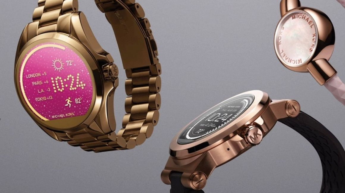 Week in wearable tech: Fashion with Fossil and next year's Fitbits