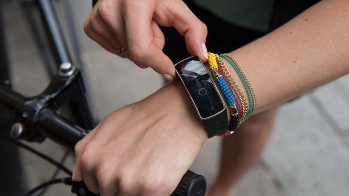 Which Samsung Gear smartwatch should you buy?