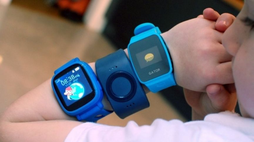 Week in wearable: Fossil hearables, smartwatches for kids and wearable lifesavers