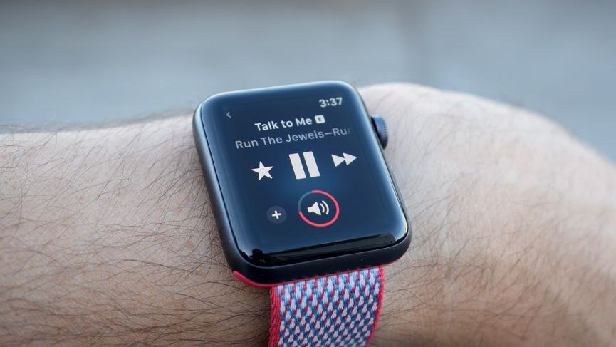This is what it's like to stream music on the Apple Watch Series 3