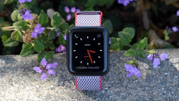 And finally: The Apple Watch is suffering from Siri issues
