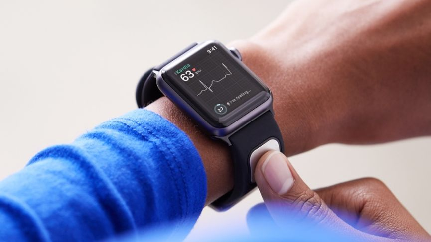 do pose in hospitals physicians devices threats watches applewatch technology wearable security