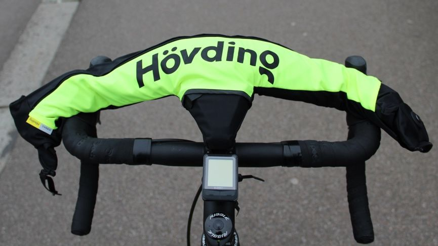Cycling with Hövding: We test out the wearable airbag made for urban bikers