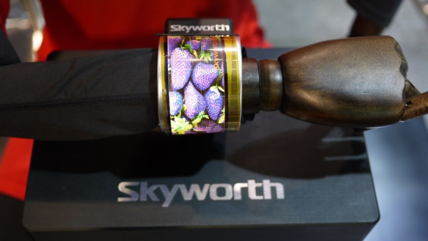 Skyworth shows off flexible AMOLED wearable concept