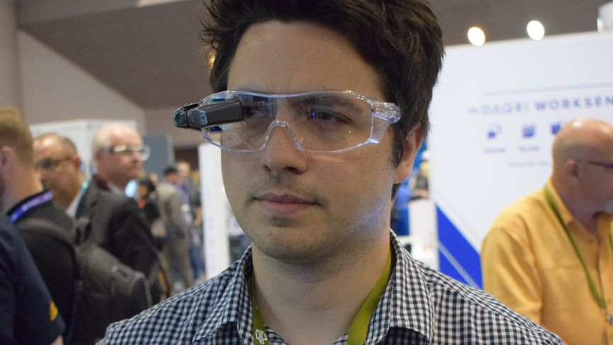 Kopin's Golden-i AR glasses are powered entirely by your phone