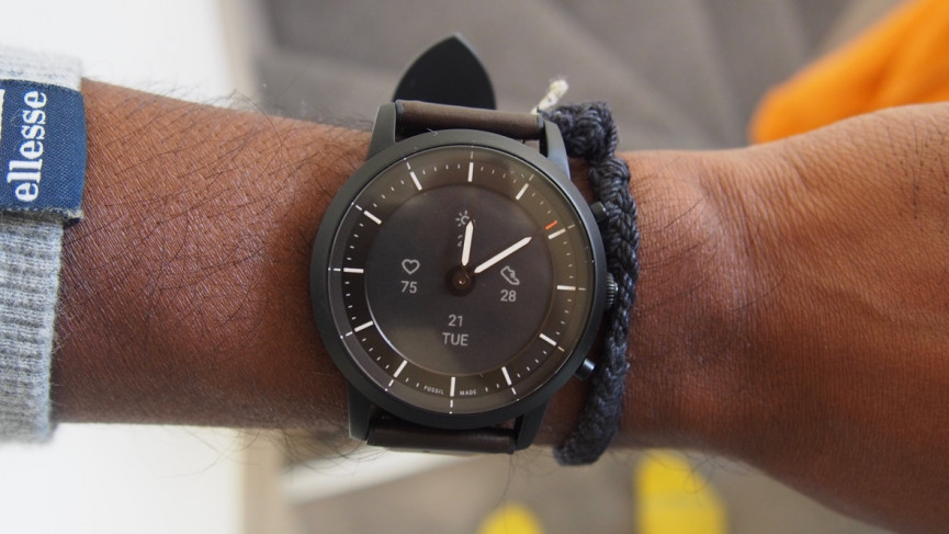 Fossil Hybrid Hr Review