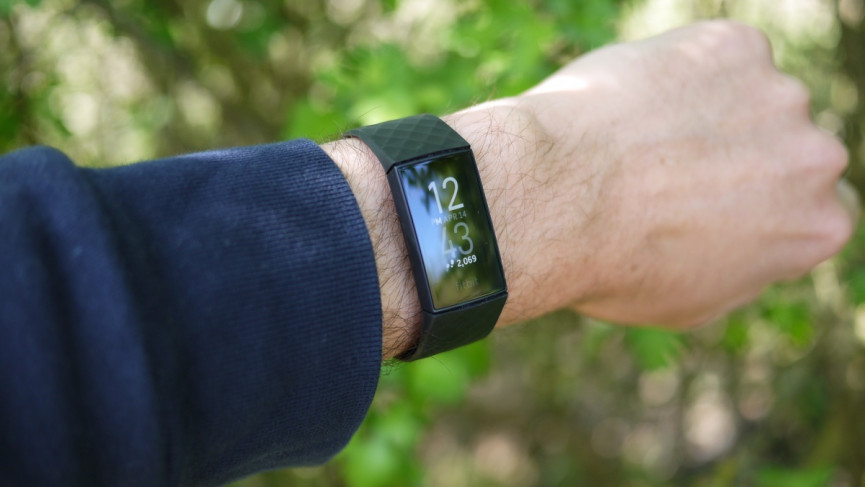 Fitbit Charge 4 design