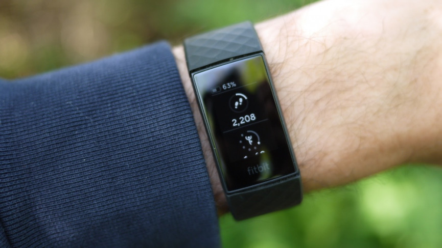 Fitbit Charge 4 rastreamento de fitness e etapas