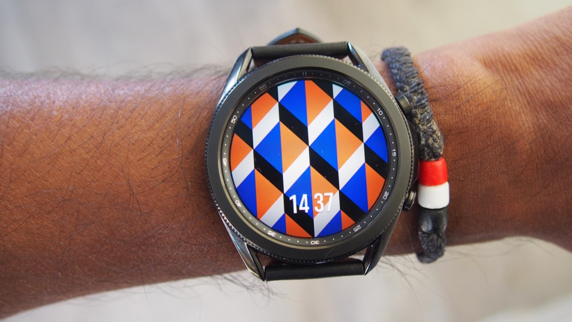 Samsung Galaxy Watch 3 showing rotating bezel and watch face