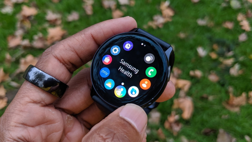 Galaxy Watch Active 2 showing the apps screen