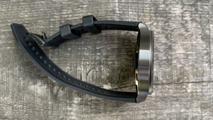 Huawei Watch GT2 Pro thickness