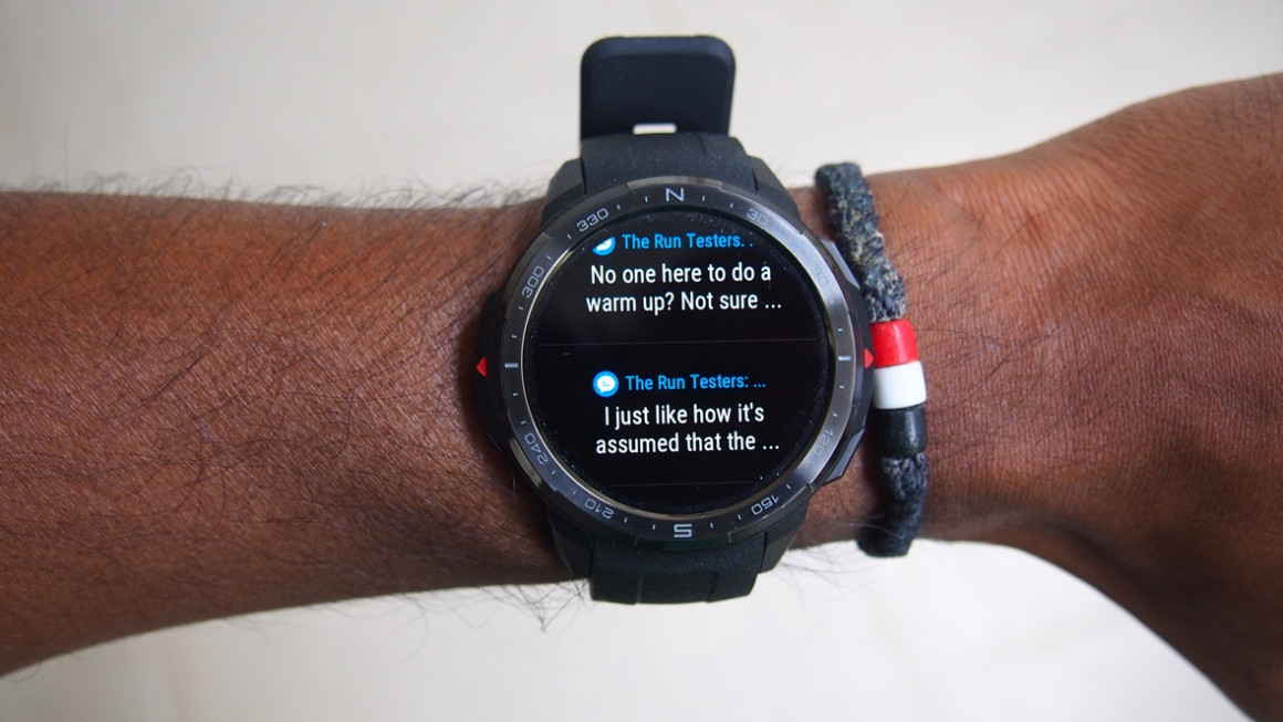 Honor Watch GS Pro showing notifications