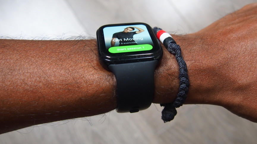 Oppo Watch and strap - looks like the Apple Watch