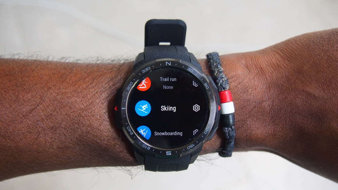 Honor Watch GS Pro outdoor modes including skiing