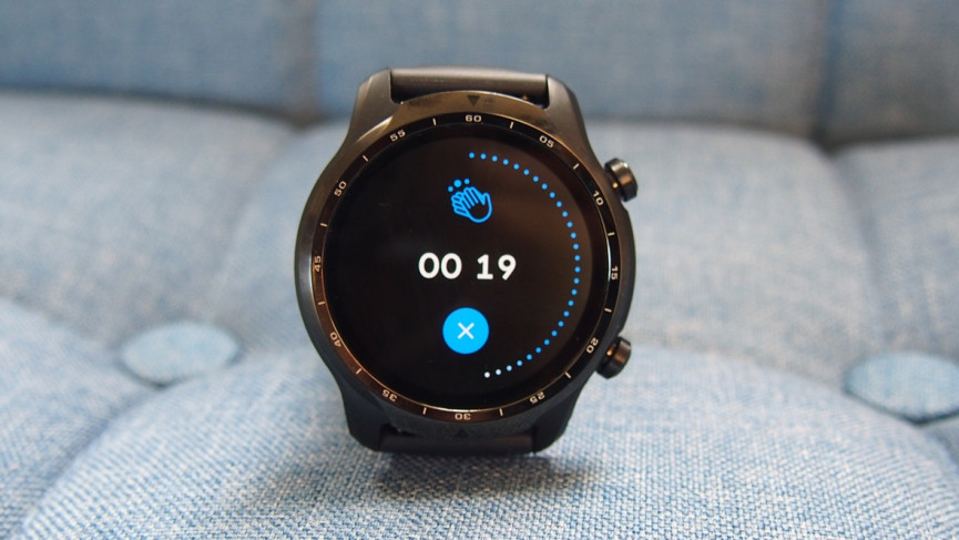 TicWatch Pro 3 showing the hand washing reminder