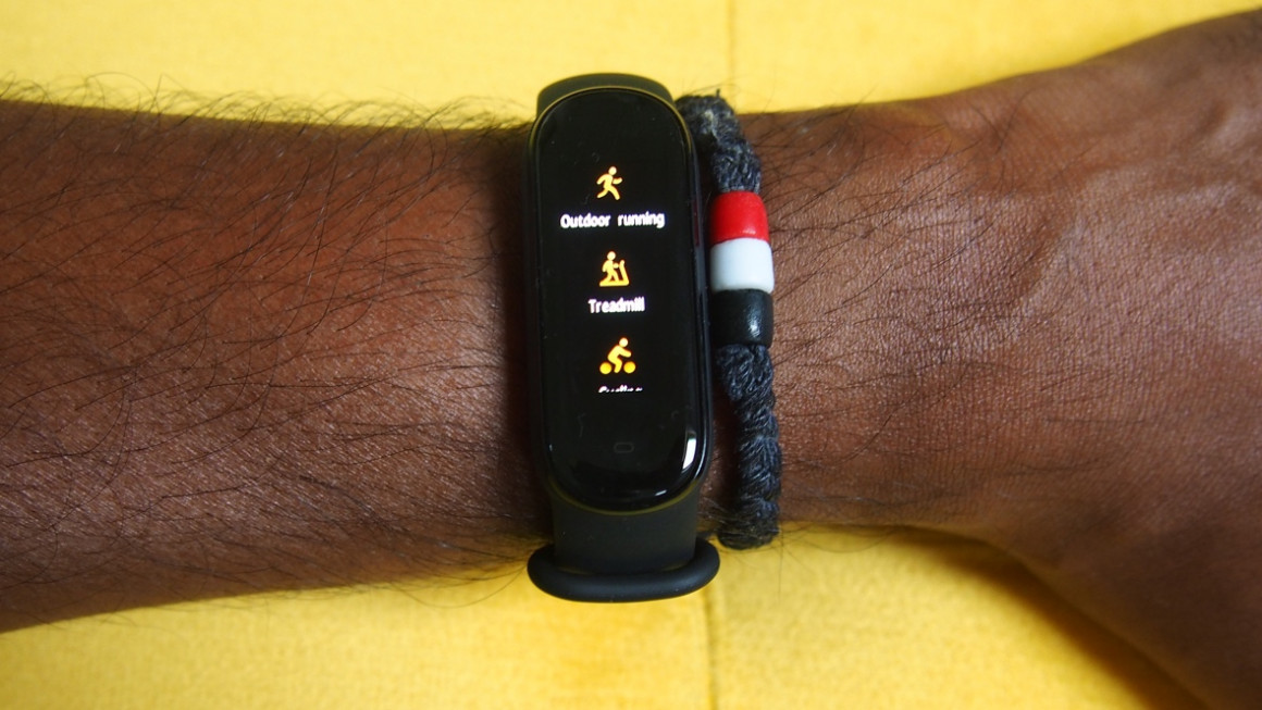 Amazfit Band 5 sports mode review